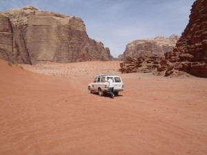 Pushing Jeep in Wadi Musa