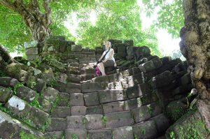 Champasak-curvy-stairs