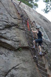 Hua-Shan-Tony-Climbing-Stairs