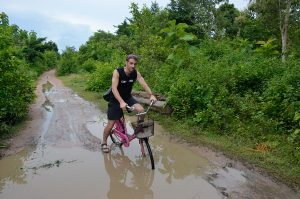 Islands-bike-riding-in-mud-tony