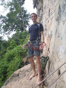 Rockclimbing-Tony-in-harness