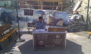 Tourist-Propaganda-desk