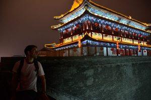 Xian-tony-on-wall-at-night